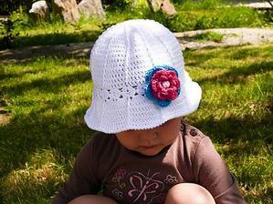 Garden party klobúčik