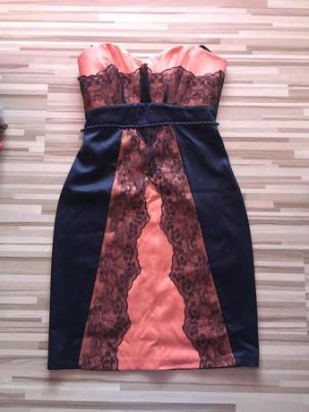 Predám krátke spoločenské šaty b7ed62d233b