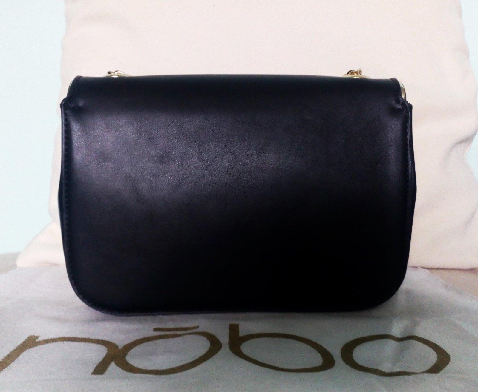 Zobraz celé podmienky. Dámska elegantná čierna kabelka nóbo da150a7d398