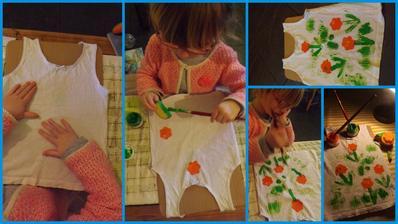 zase sme raz peciatkovali zemiakom ale tentokrat sme pouzili farby na textil {verim ze by to islo aj s akrylovymi farbami} a nazdobili si tielko ako letne tricko...chyba posledna foto kde maju kvietocky prostriedky s gombikom