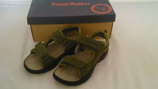 cdebc3971959 Sandálky veľkosť 35 značka frank walker