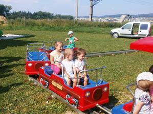 Vozili sme sa aj na mini vláčiku...