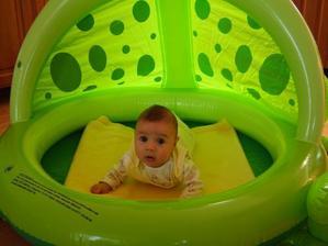 Ja v žabacom bazéniku