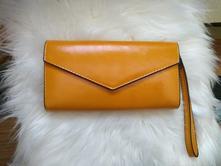 b02598614a Dámska priestranná peňaženka horčicovej farby