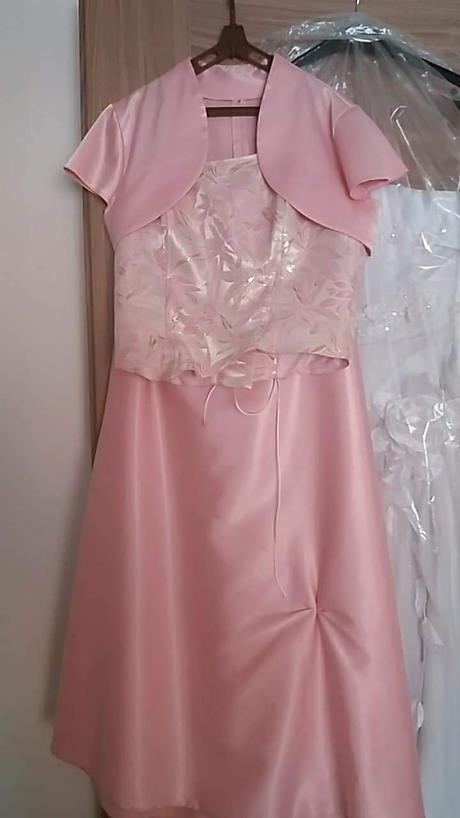 4a8184a2c6c3 Spoločenské korzetové šaty.