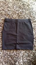 Čierna mini sukňa, fishbone,s