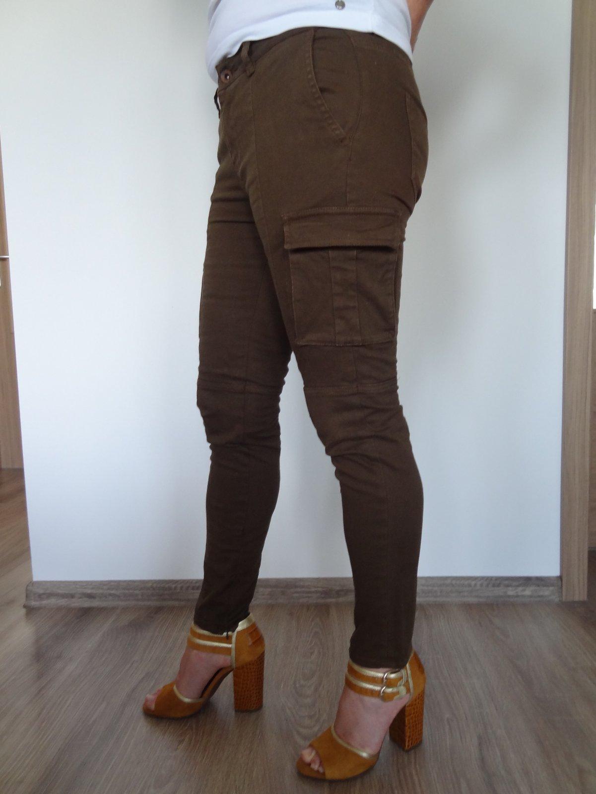 ed4bf2a1e1 Zara dámske nohavice