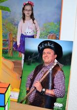 ...deň povolaní v škole - deti sa boli pozrieť, aké je to byť divadelným hercom - otecko jednej zo spolužiačok Xenky v EZŠ - 8.10.2018