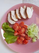 Obed.Pečené kuracie prso so zeleninkou