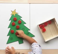 Ozdobovanie stromčeka - poznávanie čísel, jemná motorika, sústredenie 😉