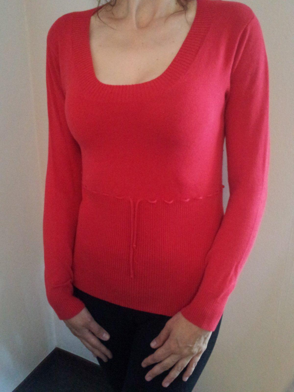 1f00a2605f58 Dámsky červený sveter   tričko ann christine