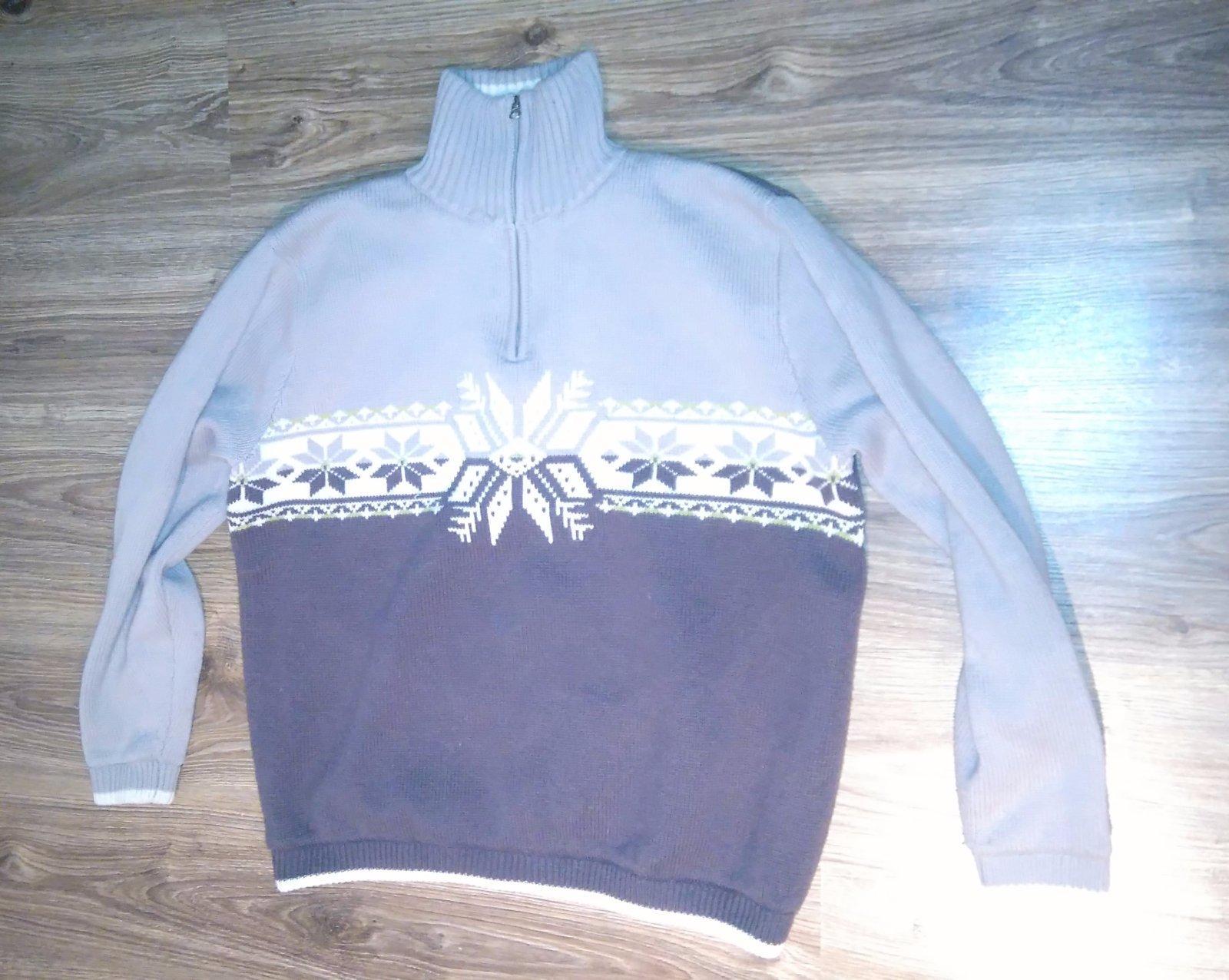 3f1f2b4fef23c Pánsky sveter s vianočným motívom, l - 7 € od predávajúcej nena7 ...