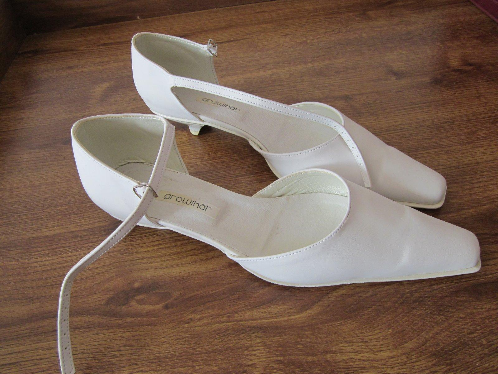 Biele topanky - svadobne - zn.growikar 0df1ba67836