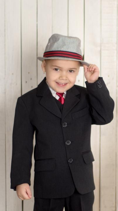 ebf4b98c83a0 Chlapčenské obleky - Oblek