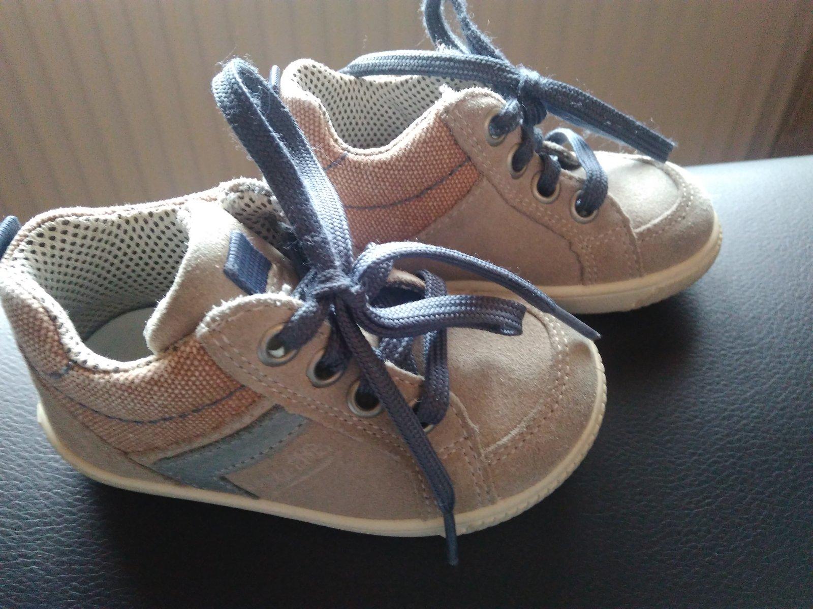 777f370adcd9 Značkové topánky superfit