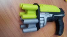 Zbraň,