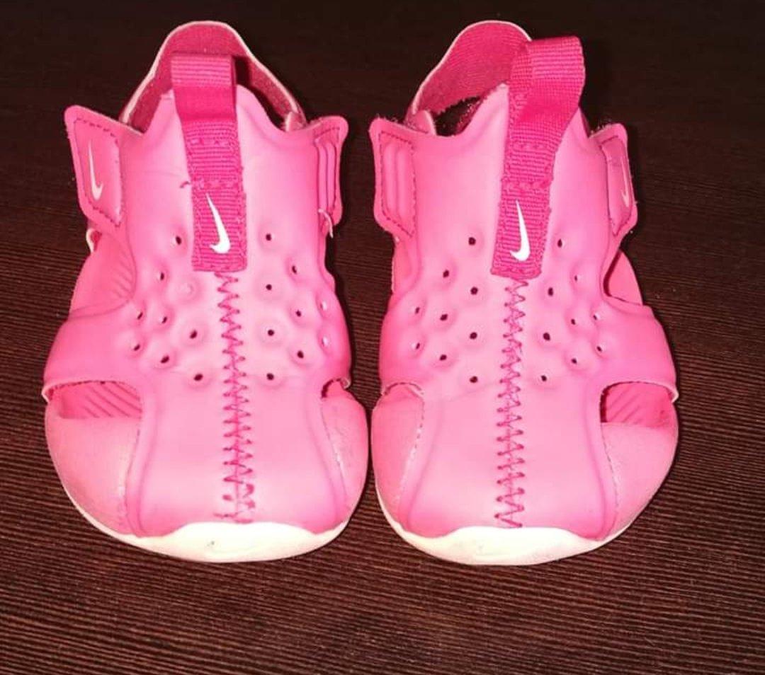 78ab33e21306 Detské značkové sandálky