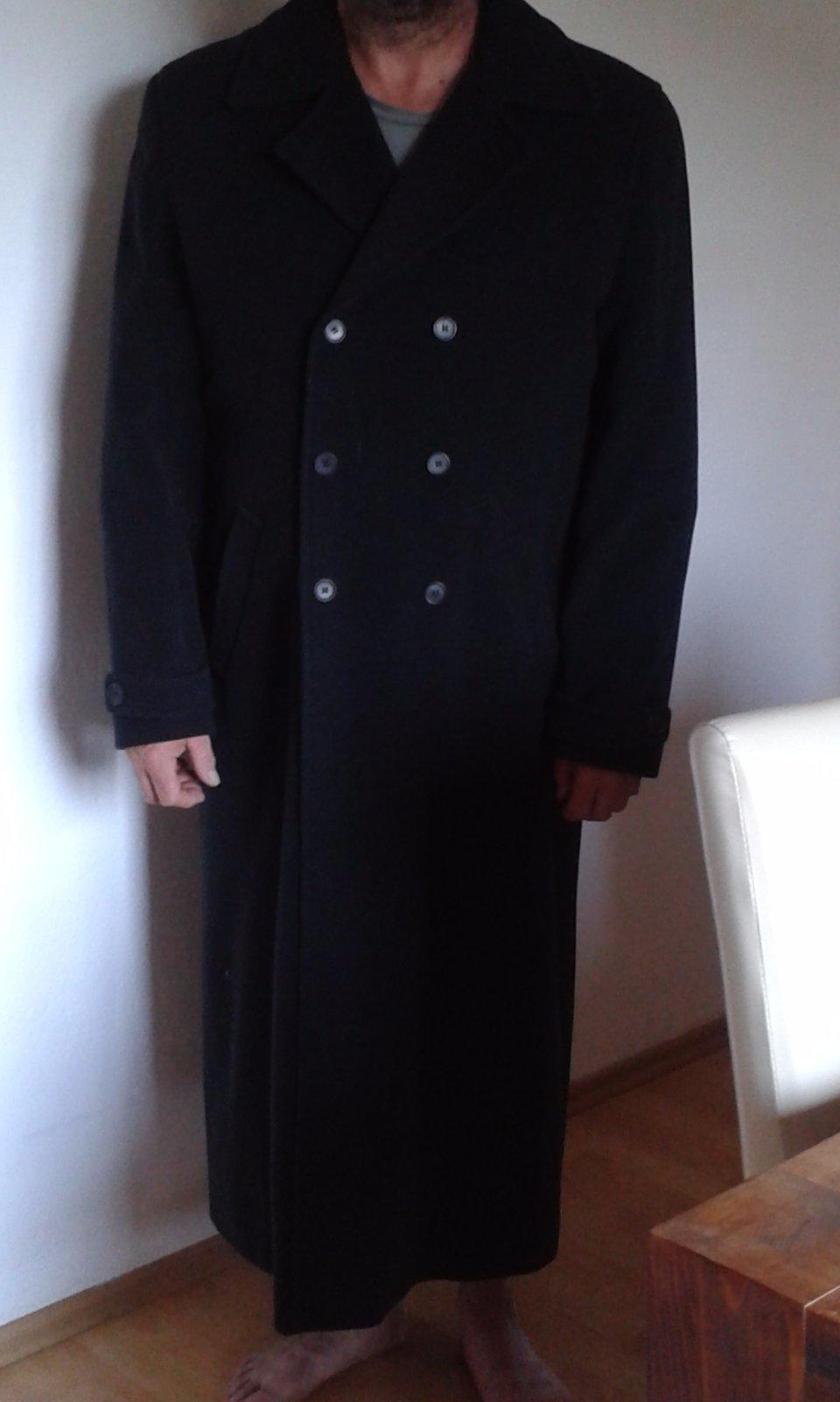 Dlhý čierny pánsky kabát 130391f6048