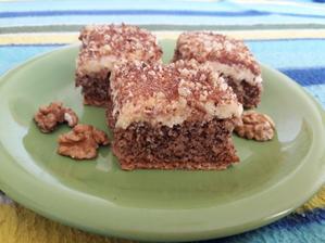 Orechovo-karamelové rezy na tortovej oplátke 😊🍰