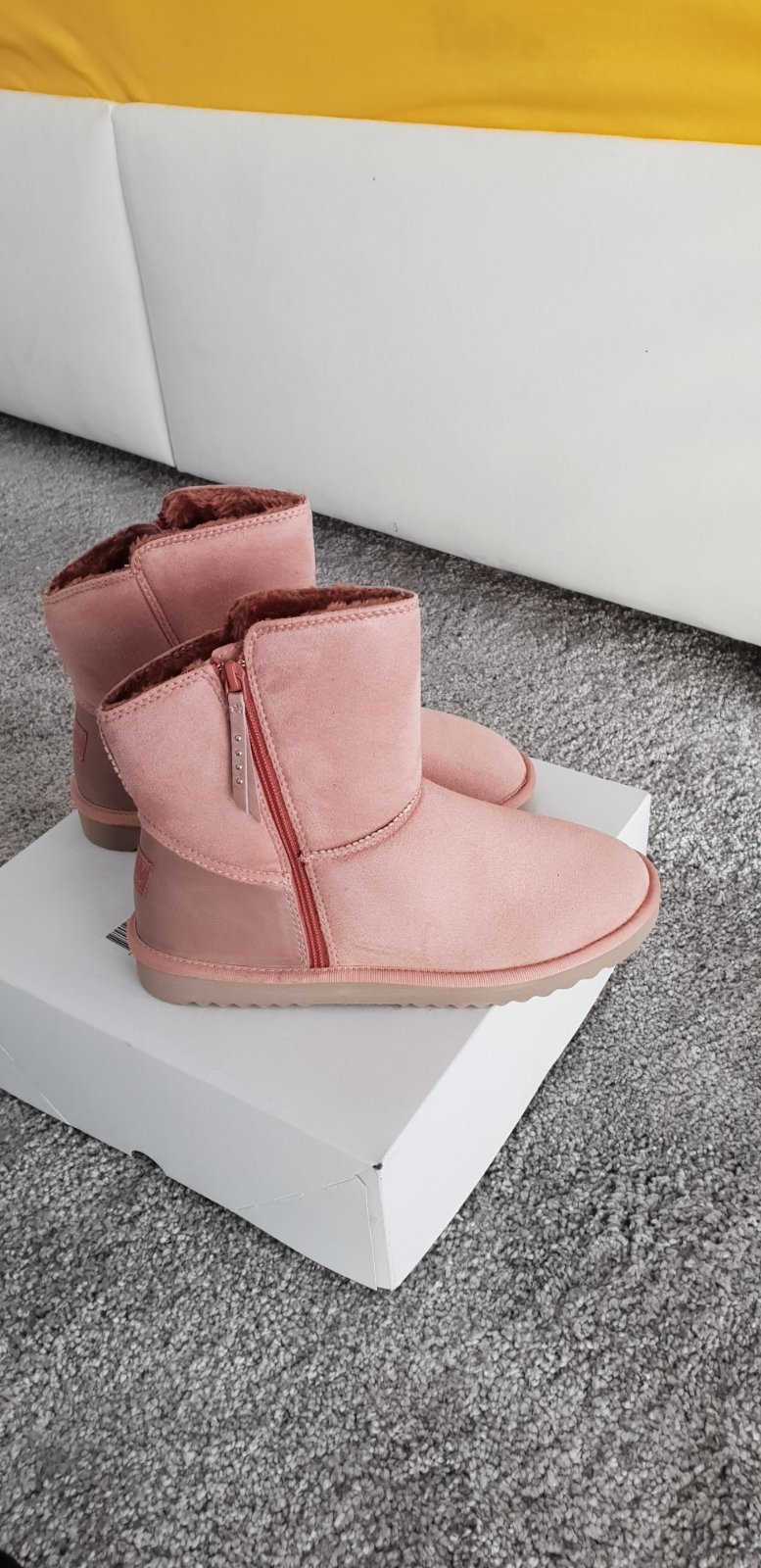 Zimné zateplené topánky zn.esprit 707293f2588