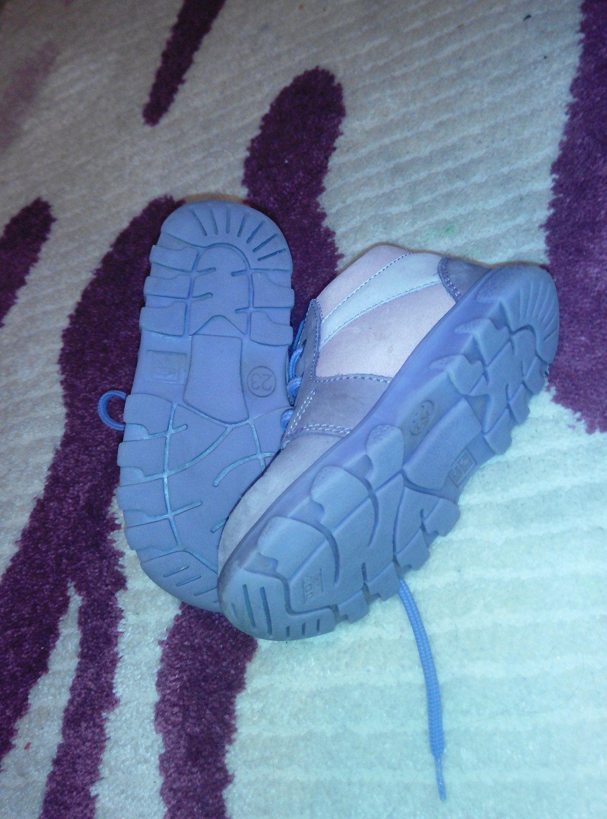 d59a289d462c Zobraz celé podmienky. Fialové topánky rak na šnúrky ...