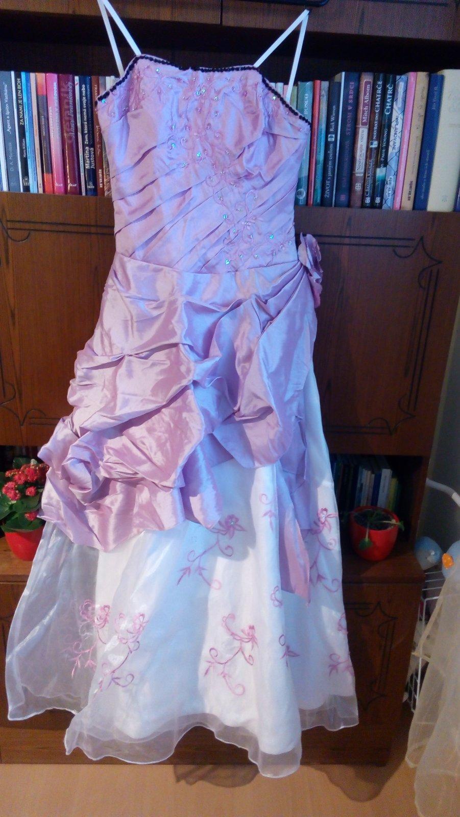 d96ccf7c0b75 Krásne spoločenské šaty