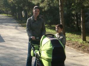 a takto s maminkou kocikujeme