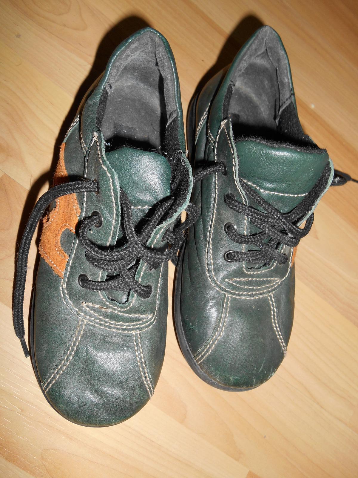 Topánky  636548f401