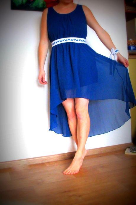 6774348e4 Kráľovská modrá- šaty + folklórny opasok a náramok, 38 - 39 € od ...