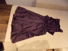 Fialové saténové šaty, orsay,s