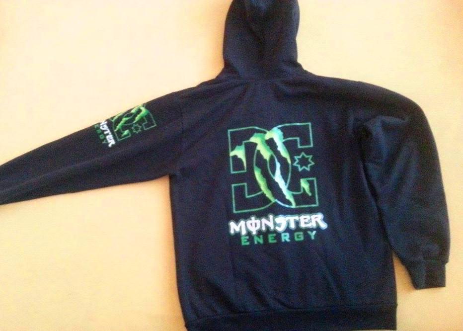 eceb1533a1 Pánska minimálne nosená mikina monster energy