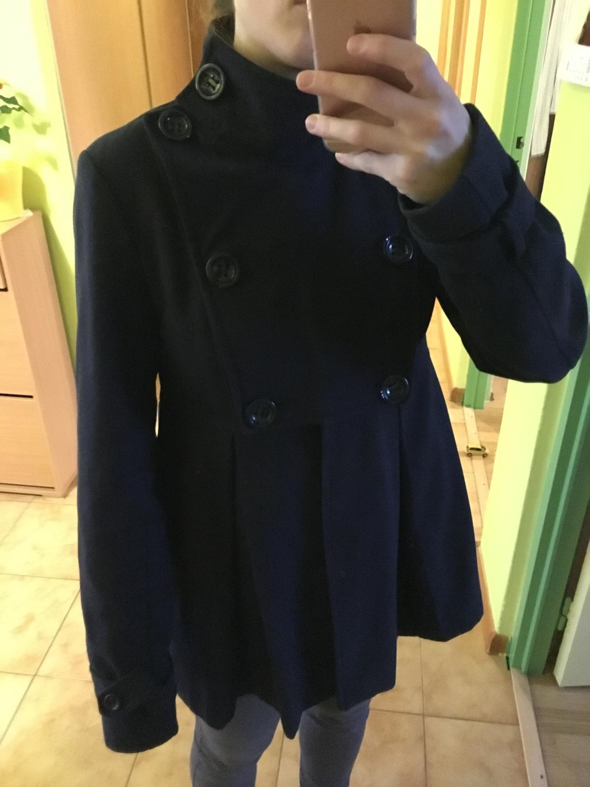 Modrý kabát f6d5793975b