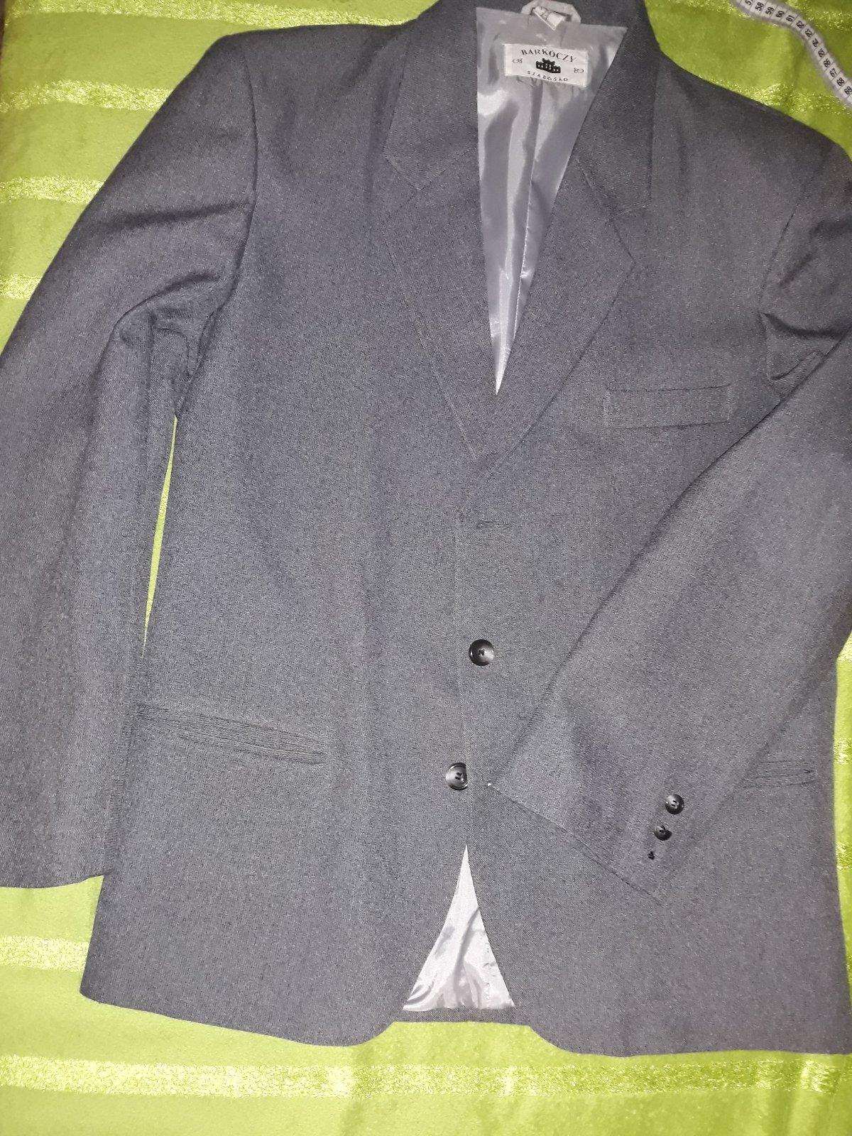 277f7a76b Pánske sako oblek kvalitný, m - 17 € od predávajúcej saranojmanova | Detský  bazár | ModryKonik.sk