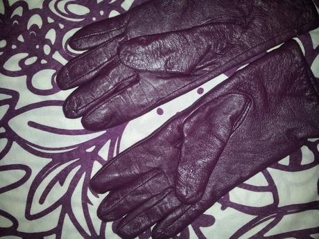 Fialové dámske kvalitné kožené rukavice 5766534b15