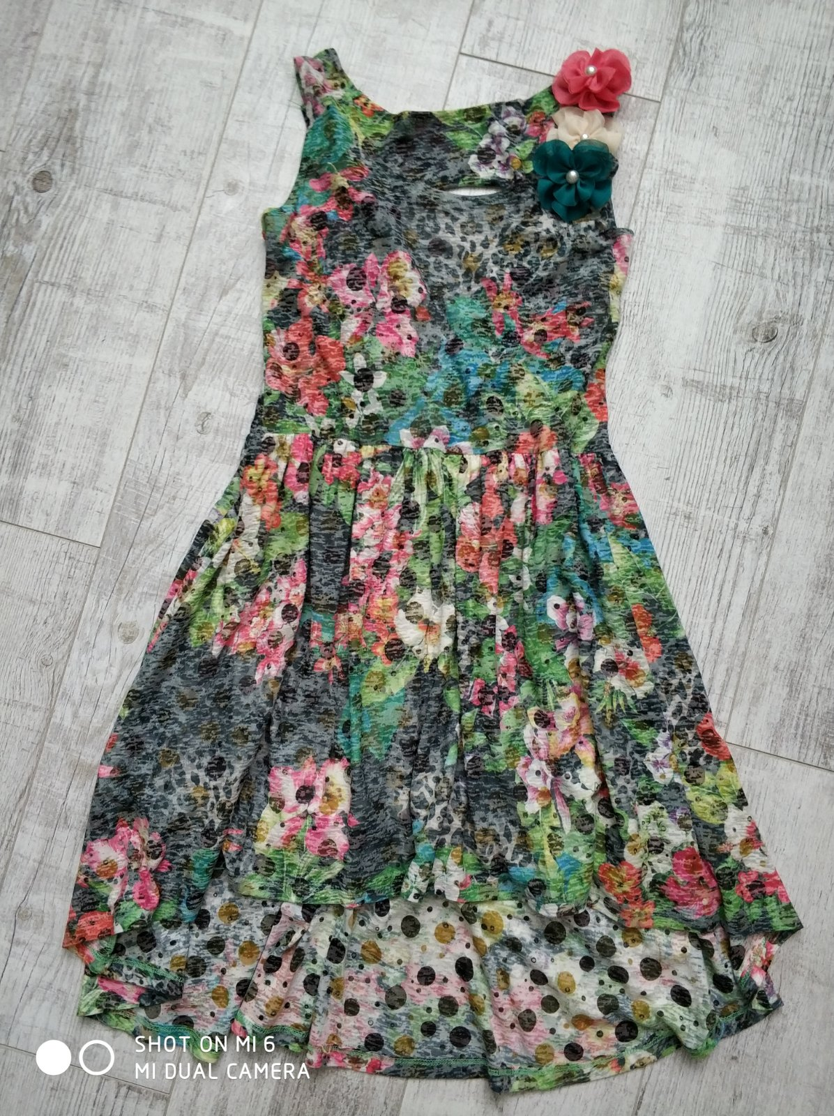 b8c06967f391 Predám letné šaty zn. planet paris veľ.m