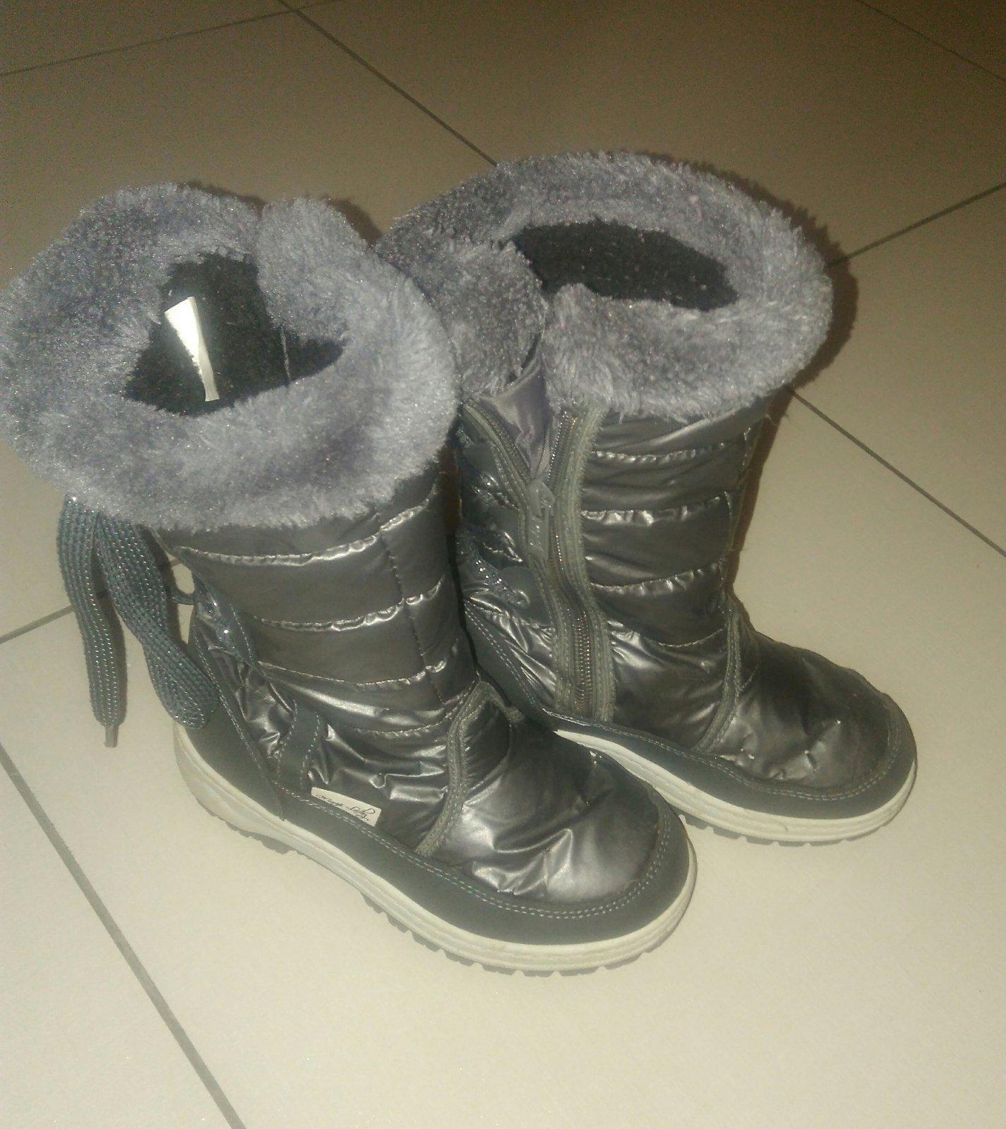 2715283d12514 Dievčenské čižmy snehule tyzdne, 30 - 8 € od predávajúcej danielca | Detský  bazár | ModryKonik.sk