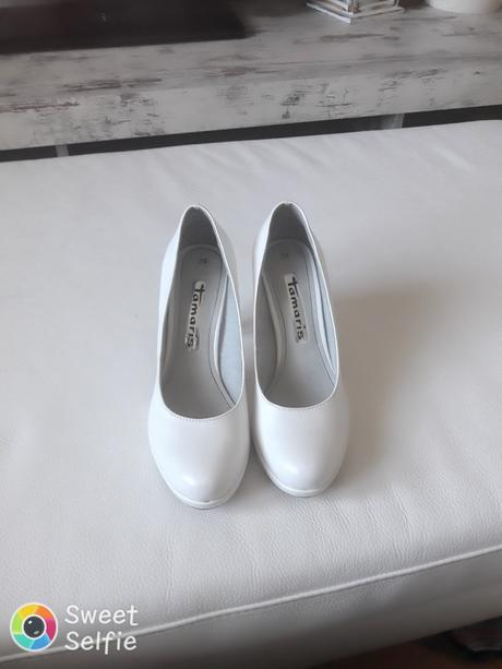 d0f024353e Biele lodičky tamaris