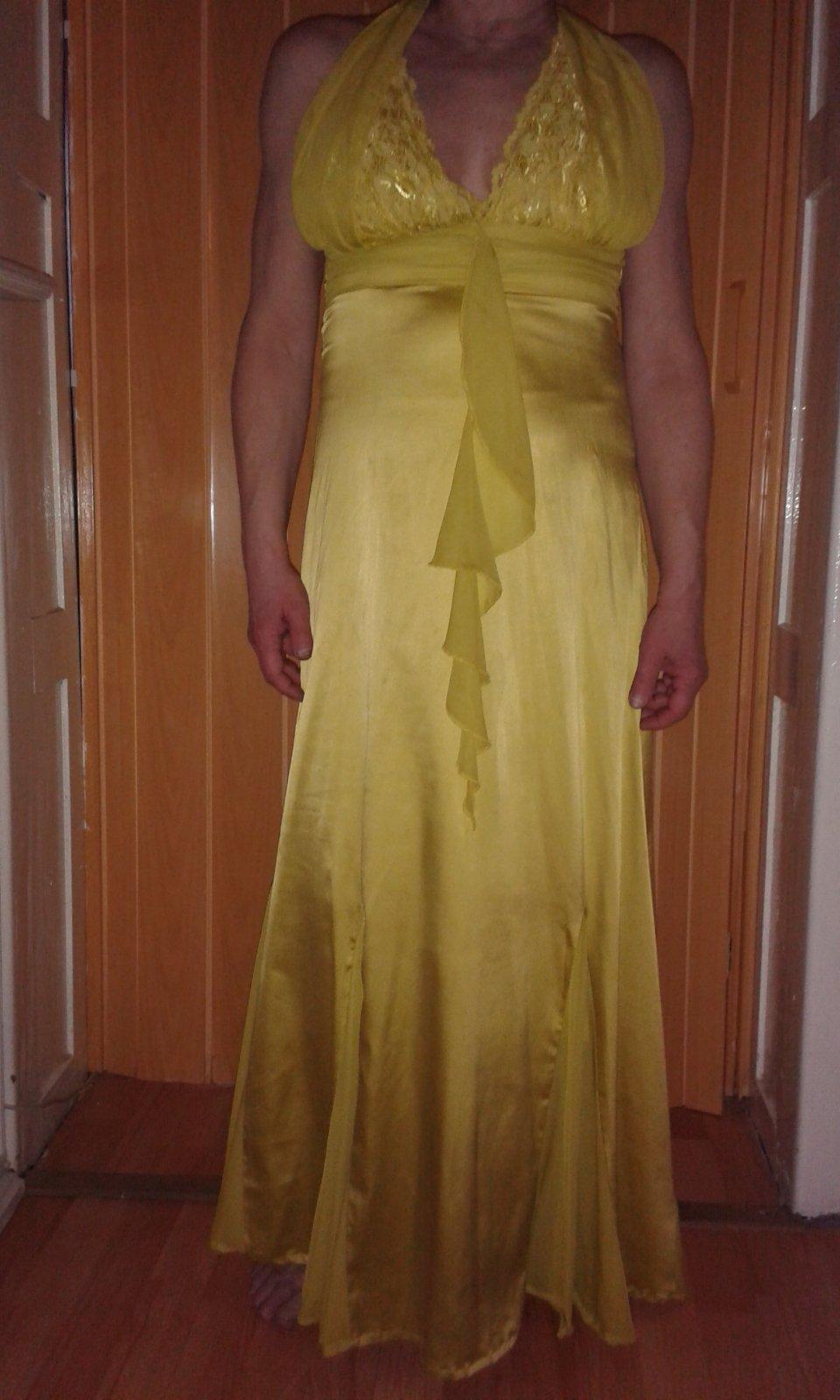 2b0674c7189c Spoločenské saténové šaty ever pretty