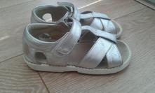 See kai run sandálky, 25