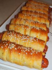 mnamyyy domace hot-dogy :)