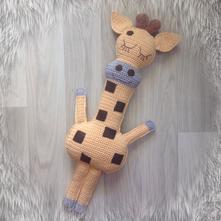 Žirafa- veľký mojkáčik,