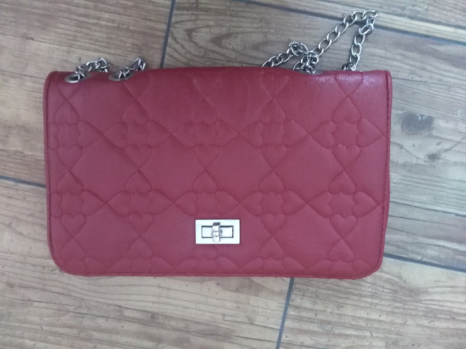 Cervena listova kabelka 97afcd844c4