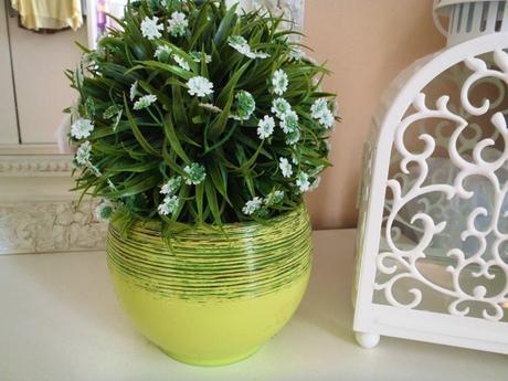 Keramický zelený kvetináčik,