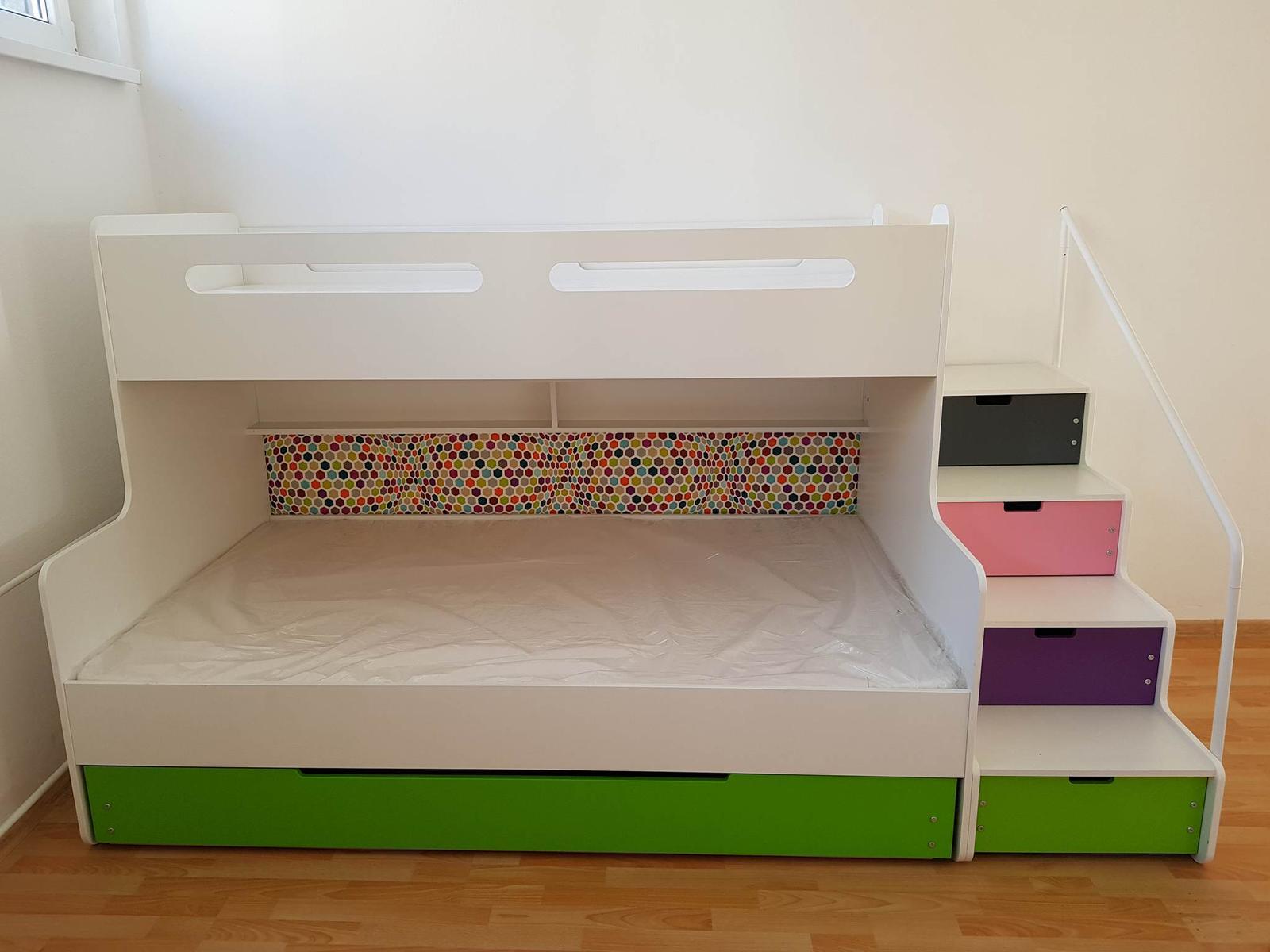 408c8364e6b3b Max 3 poschodová posteľ, 120,200 - 698 € od predávajúcej chyza_sk | Detský  bazár | ModryKonik.sk