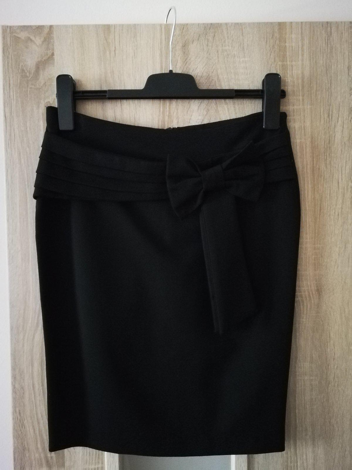 7e4f8d94d6d5 Krásna dámska sukňa s mašľou
