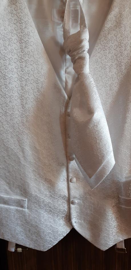349b3c508 Svadobna vesta+kravata+ozdobna vreckovka, 48 - 10 € od predávajúcej ...