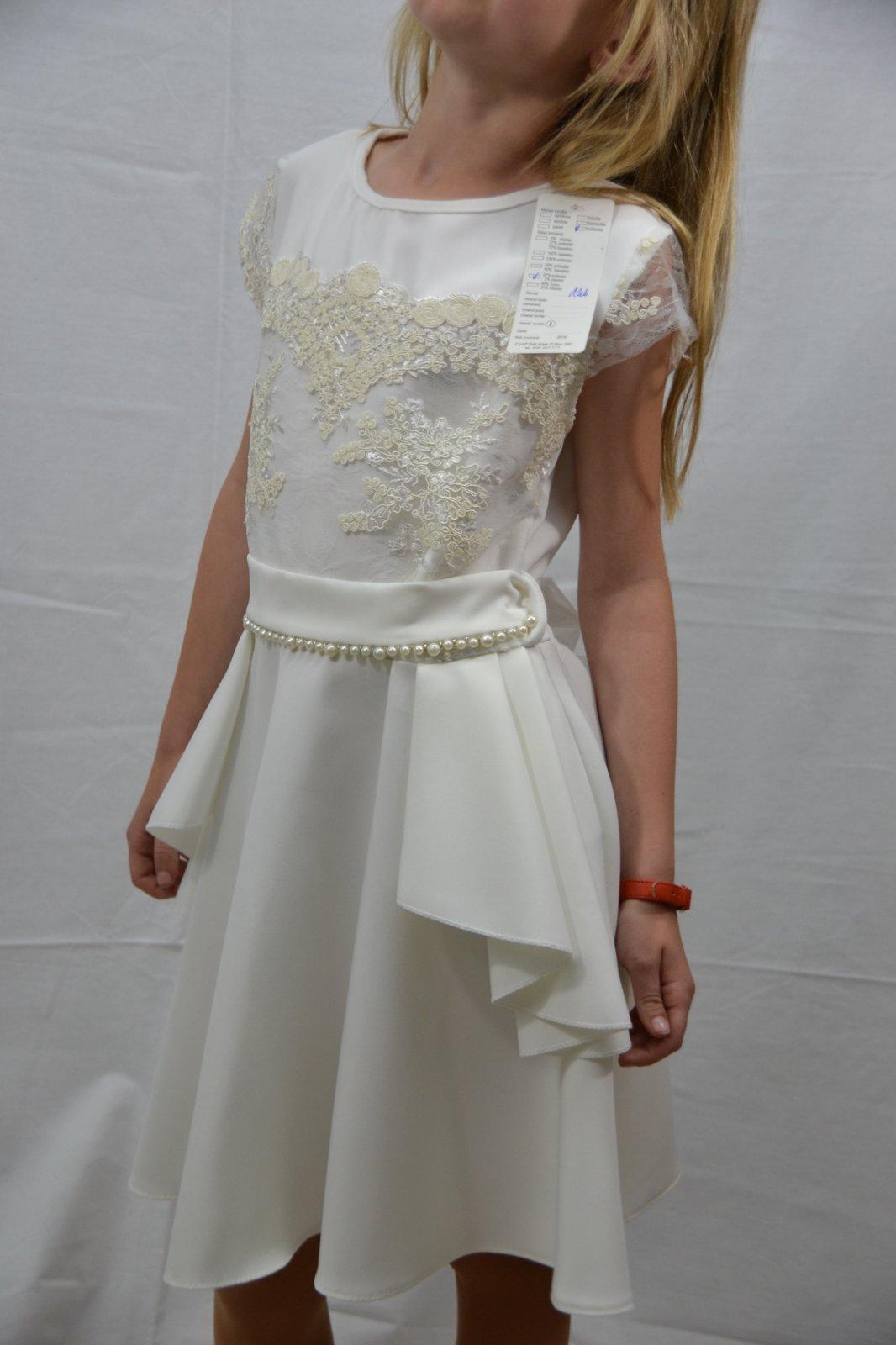 52a29438fc08 Dievčenské slávnostné šaty