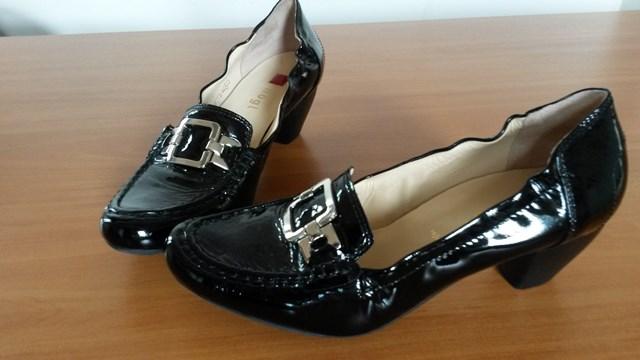 Čierne kožené lodičky hogl 896e6a3645