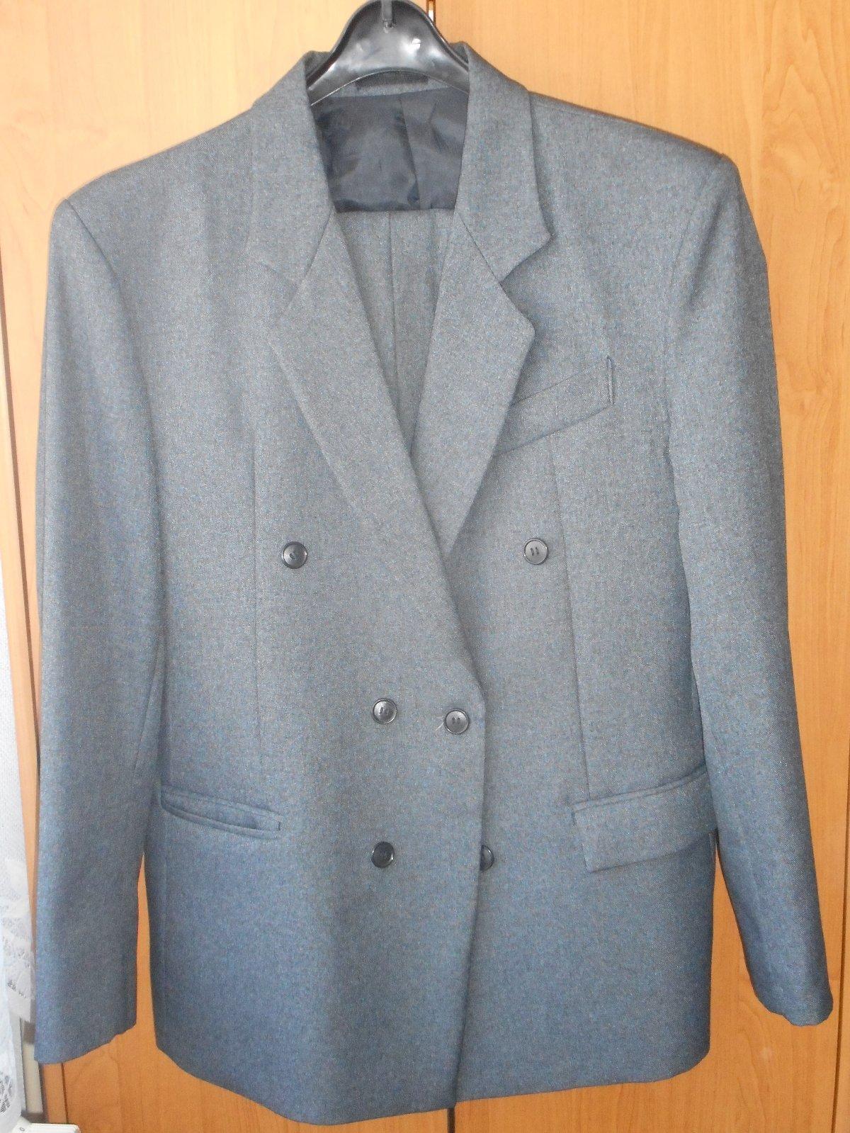 d0727f7efa Pánsky šedý oblek