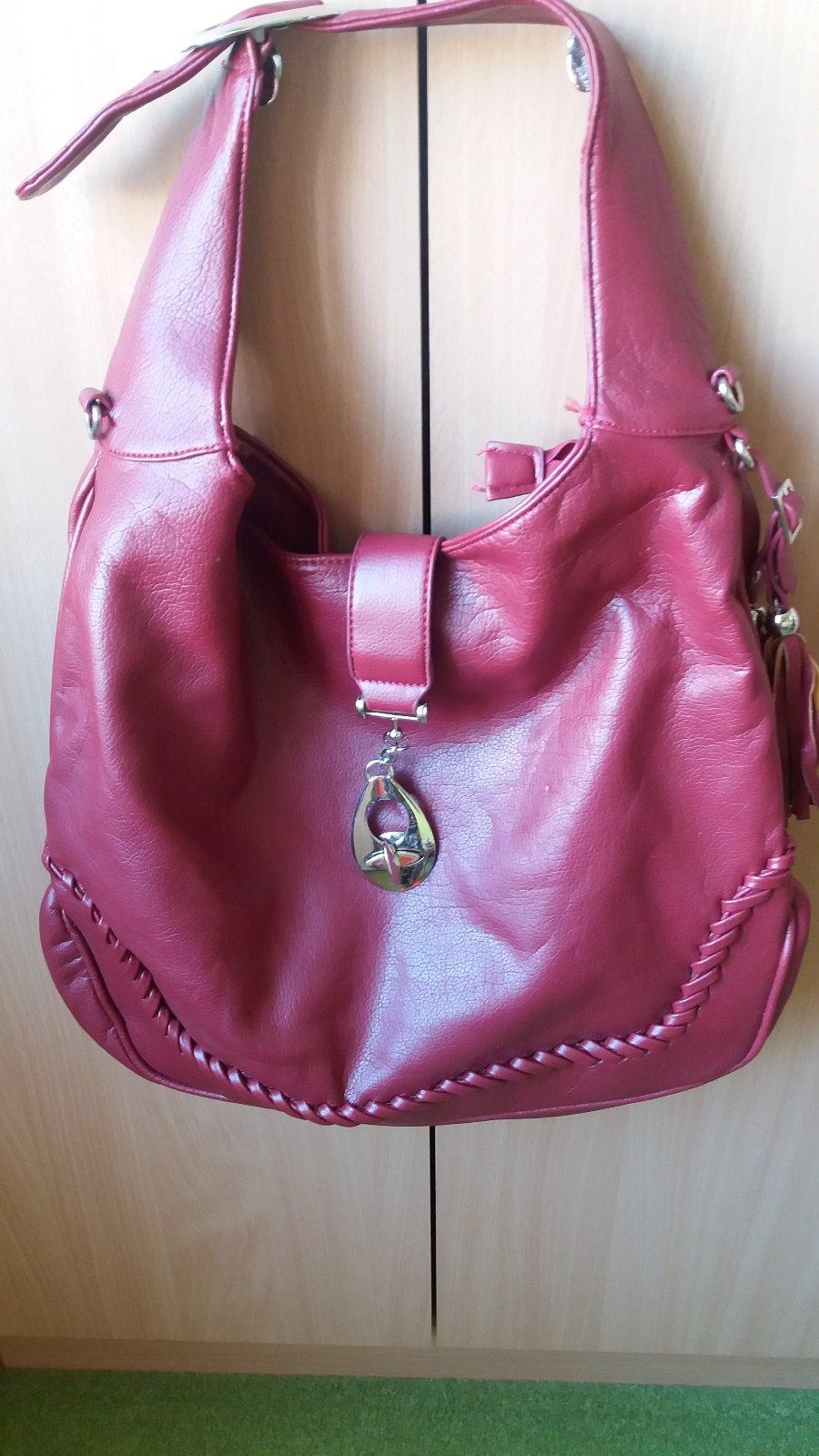 05e371d7250a7 Bordová kabelka, - 4 € od predávajúcej tomcikova | Detský bazár |  ModryKonik.sk